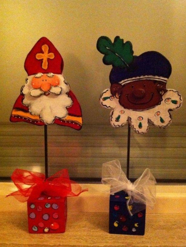 Sinterklaas en Zwarte Piet, deze heb ik bij Carlashobbyatelier geknutseld.