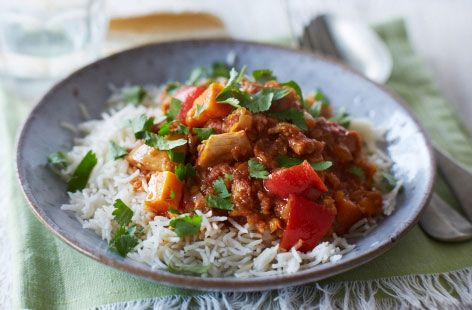 Find delicious chicken recipes, from sandwiches to soups. Tesco Real Food offers 100s of recipes and cooking videos to help you out.