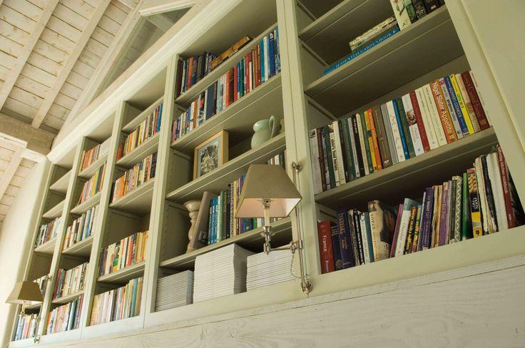 Neptune- Pembroke Fitted Shelves / Bookcases