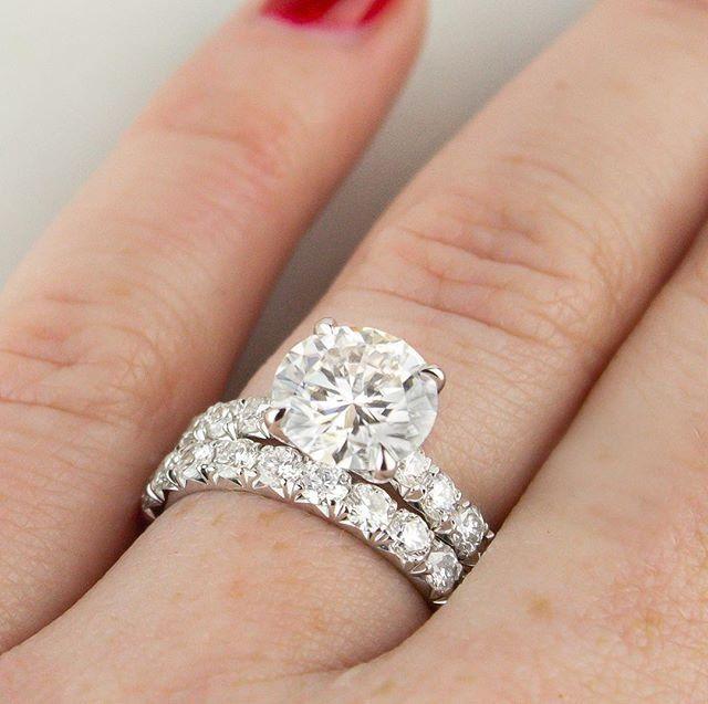 2.18ct Round 2-Stone Anniversary Wedding Bridal Anniversary Ring 14k White Gold