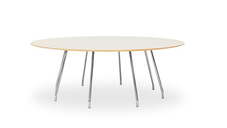 Cornflake Table | OFFECCT by Claesson Koivisto Rune ... is a smooth table that complements the Cornflake chairs, giving the table a neat impression.