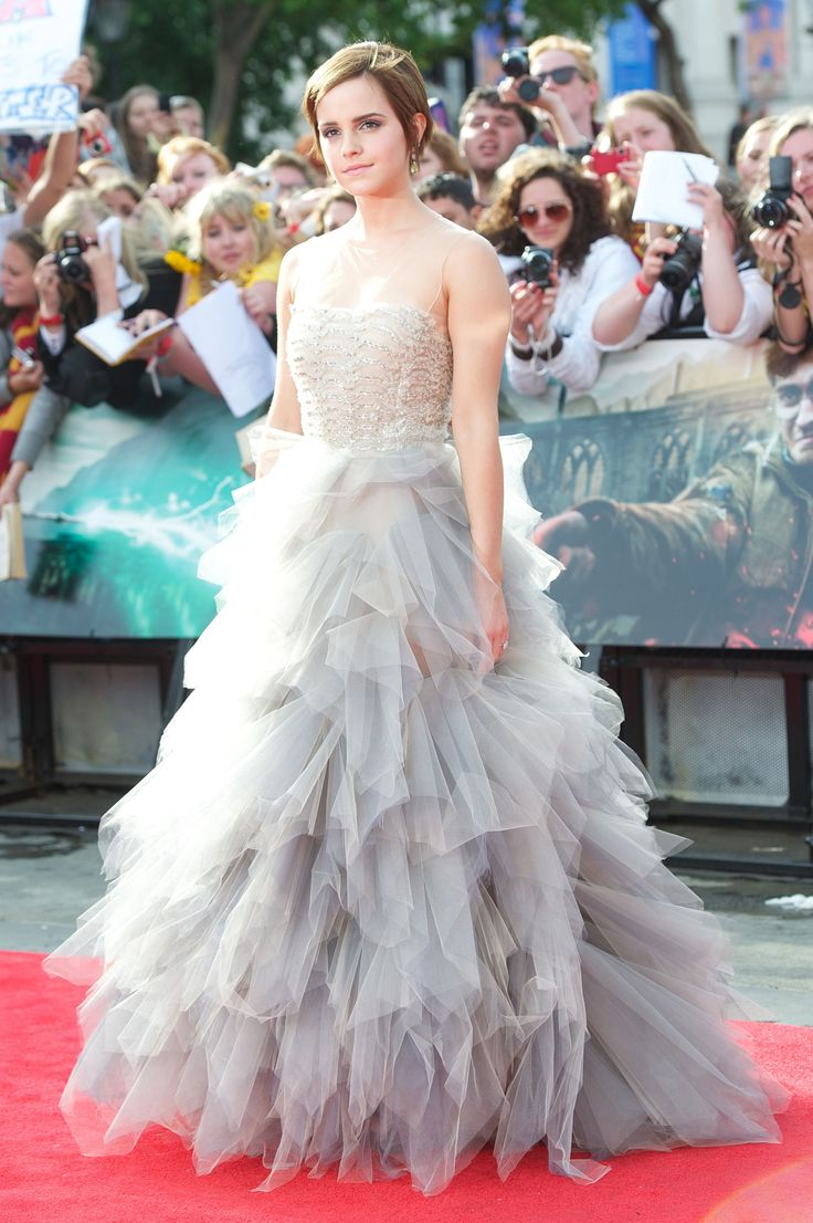 "Emma Watson in Oscar de la Renta dress at the premiere of ""Harry Potter and the Deathly Hallows Part II"""