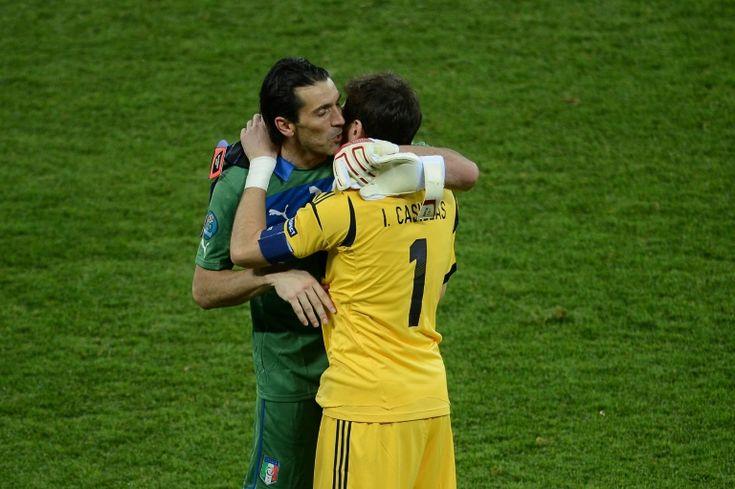 Age-defying Casillas, Buffon renew rivalry