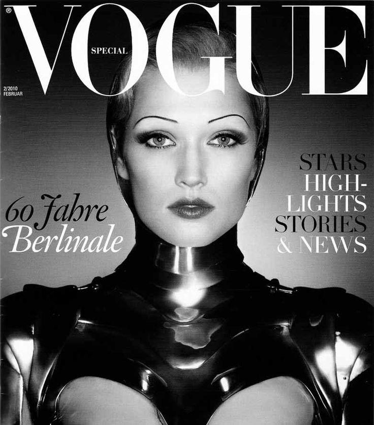 Portada Vogue 2010 con maquillaje inspirado en  1920.