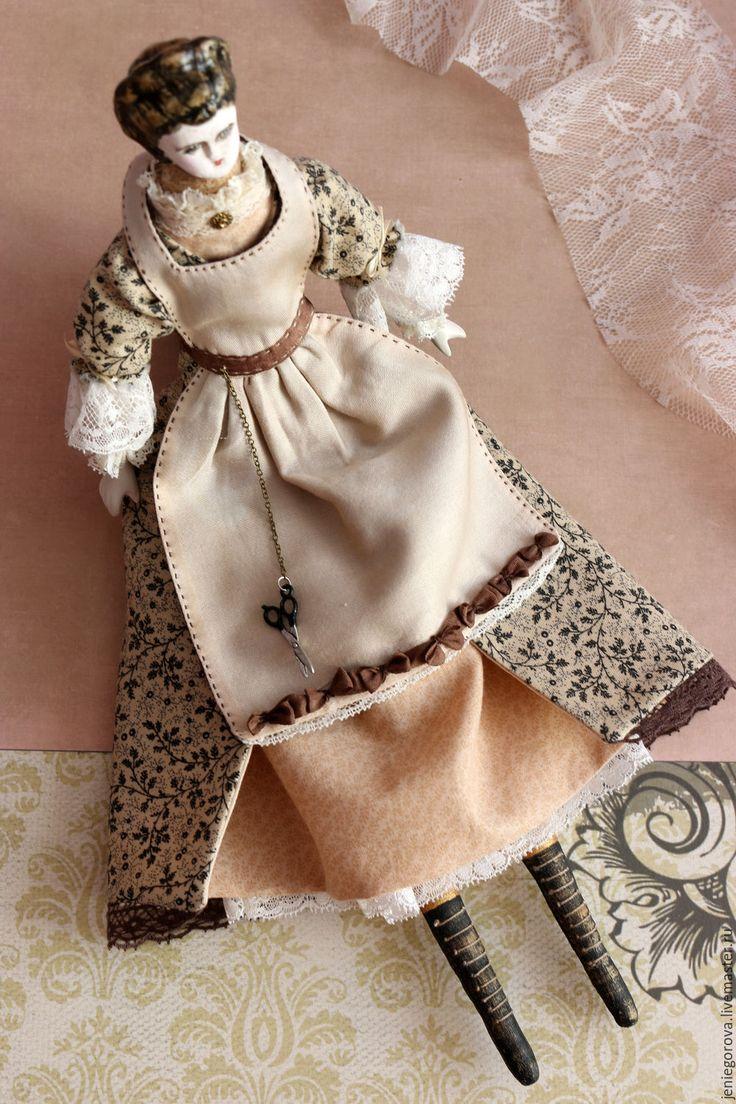 Купить «Белошвейка. Игровая куколка с антикварными деталями.» - бежевый, кукла интерьерная