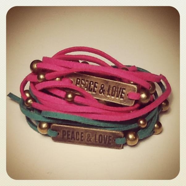 #Bracelets Peace & Love #Jewelry #accesories