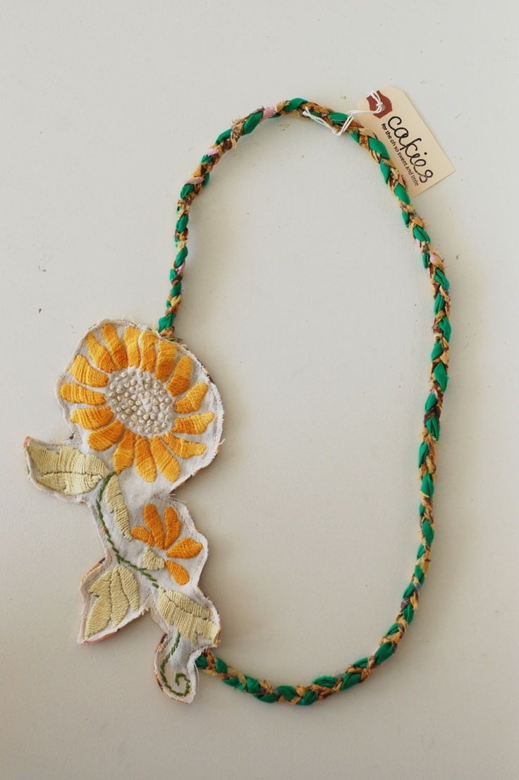a sunny disposition- vintage braided fabric necklace