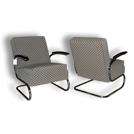 Chrome chairs - functionalism     www.aantik.cz