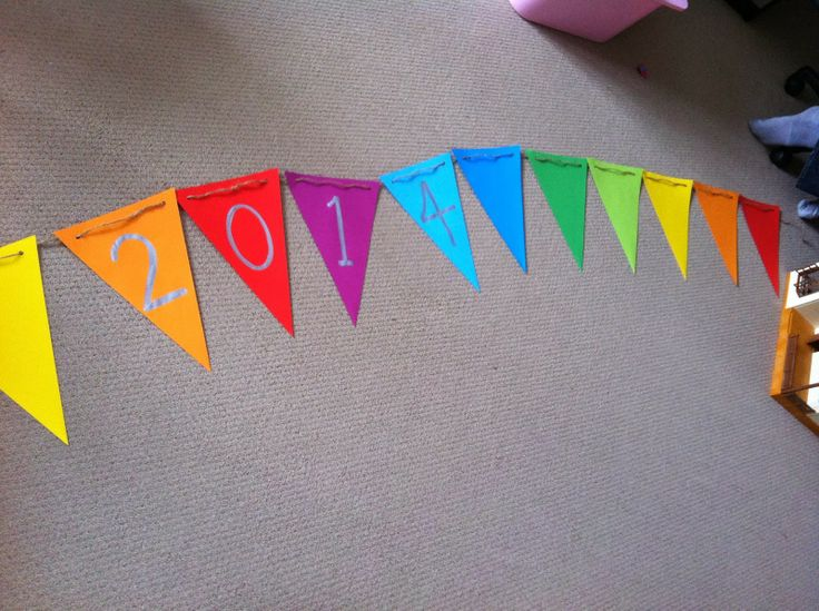 DIY Party Decorations! out of coloured paper!