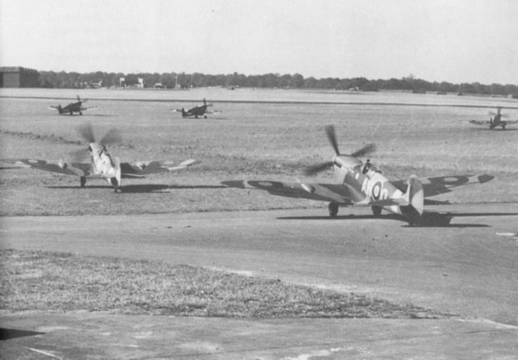 332 squadron Spits taxiing out at North Weald, 1943.