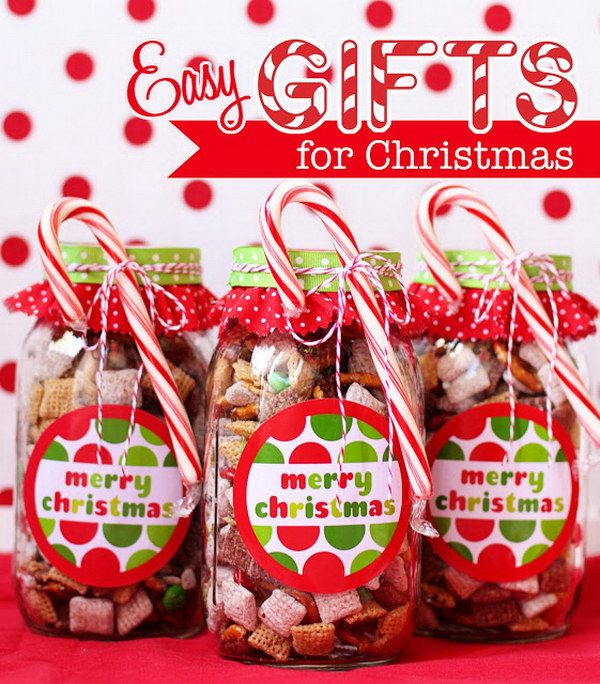 Merry Christmas Gift Idea-No-Bake Chocolate Chex Mix in Mason Jars.