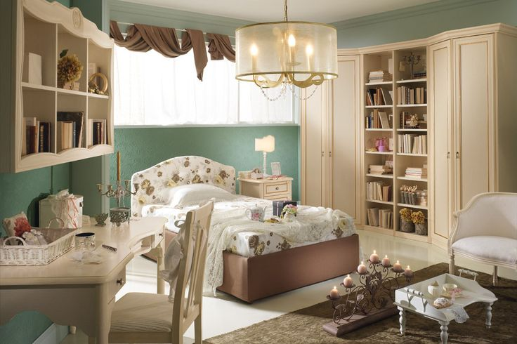 Elegant and stylish bedrooms that make you feel your daughter a real princess. Dreams to be touched. http://www.spar.it/sp/it/arredamento/camerette-gold-102.3sp?cts=camerette_dilettagold