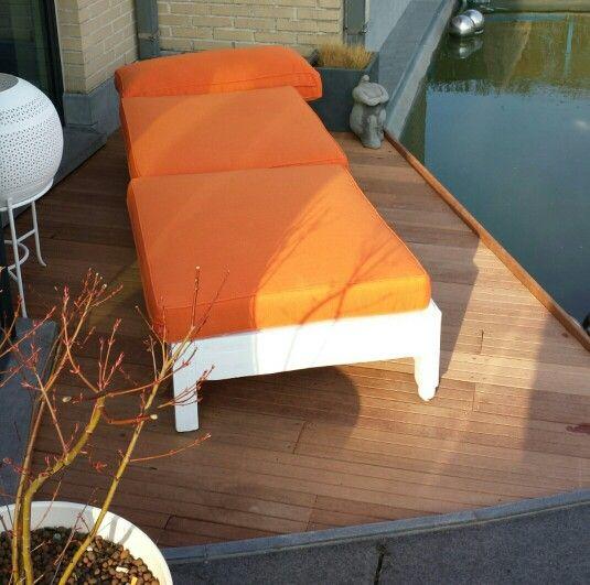 Made by me...  Marokkaans bed voor buiten en zitplaats boven vijver (2)