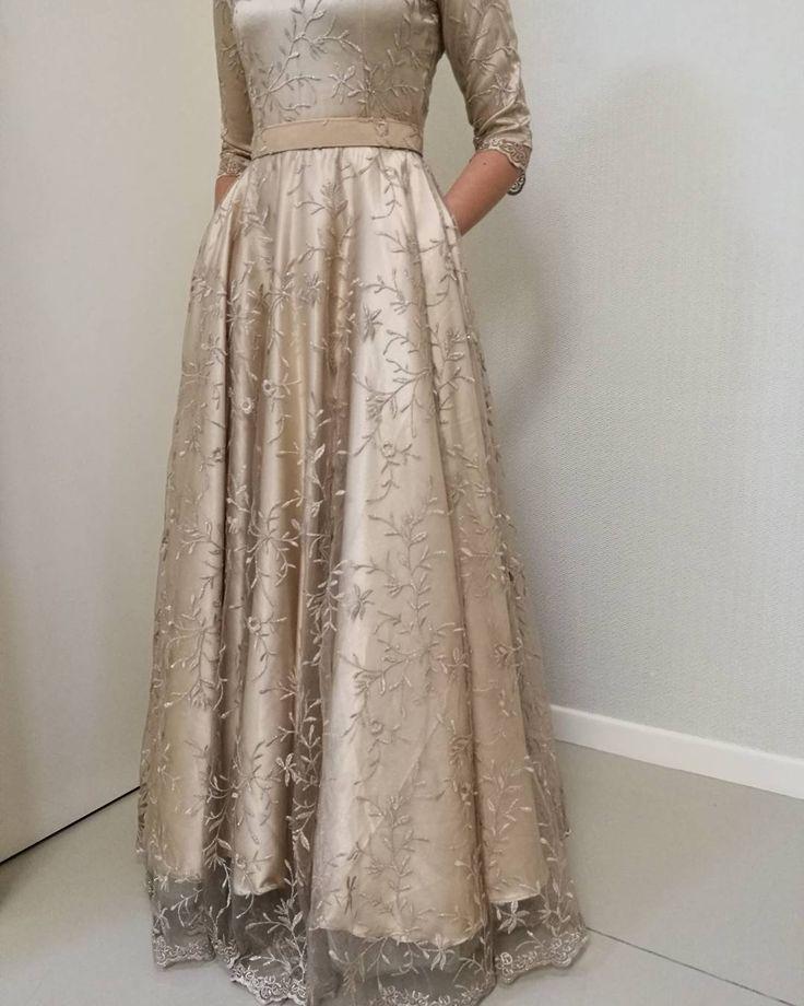 "334 Likes, 19 Comments - Mazira Mustapar (@ohalmaree) on Instagram: ""Long prom dress 😆 Untung budak2 nowadays kan😄 #ohalmaree #madetomeasure #madetoorder #tailormade…"""