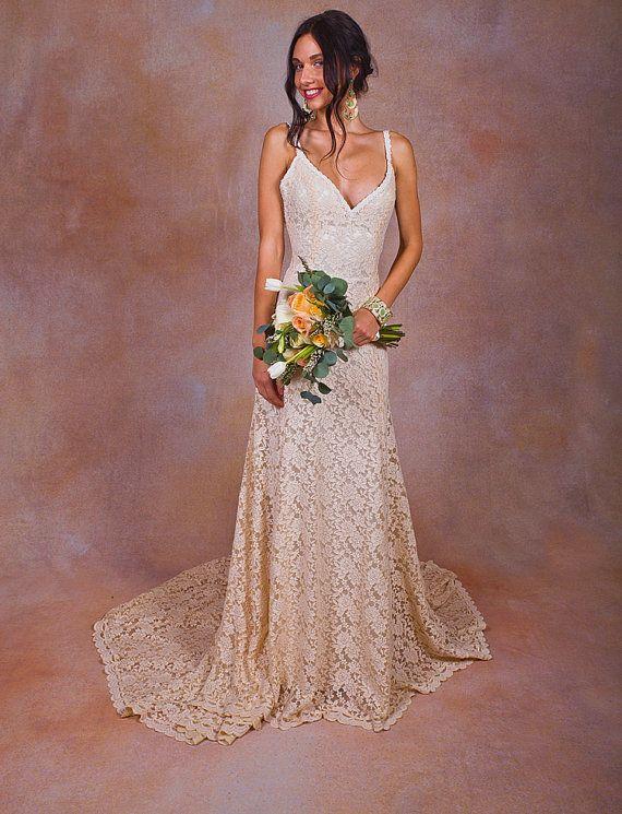 PERSONALISIERTE SHOPPING-ERLEBNIS  Für die elegant Braut schafft Träumer & Liebhaber mühelos Kleider. Sie können es versuchen, bevor sie es