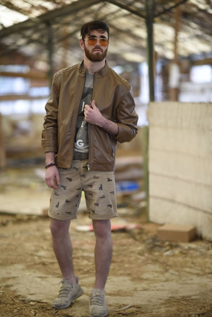 Splendid SS 2018 collection imitation leather jacket and cotton printed bermuda shorts.
