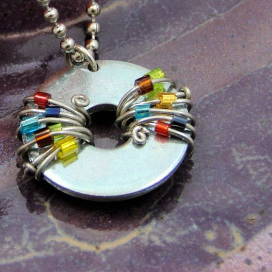 Washer and wire, a really unique and cute necklace that you can easily make for yourself or for gifts!