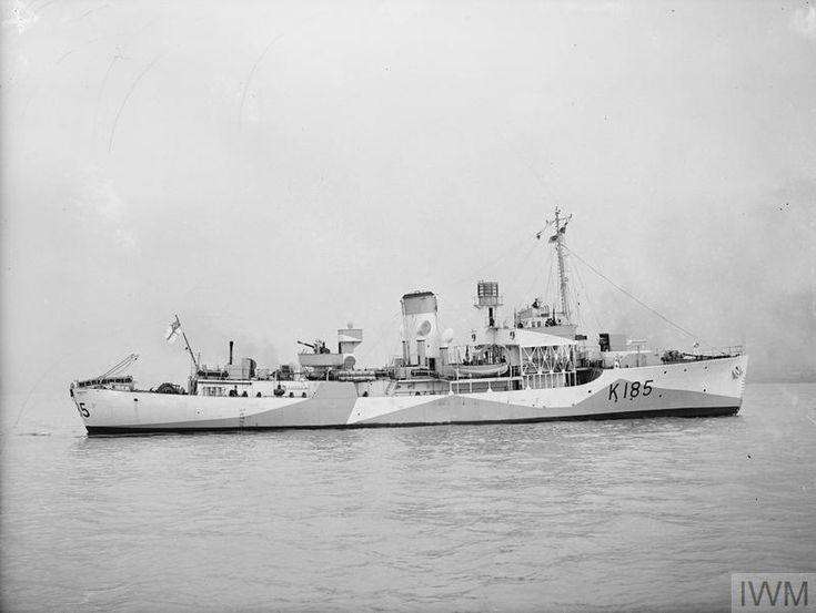 HMS ALISMA, BRITISH FLOWER CLASS CORVETTE. 22 APRIL 1942, LIVERPOOL.