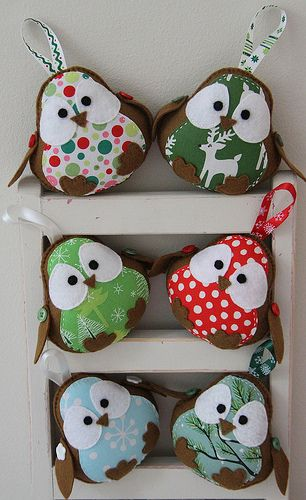 I'm so going to try and make these little guys for my Christmas tree this year