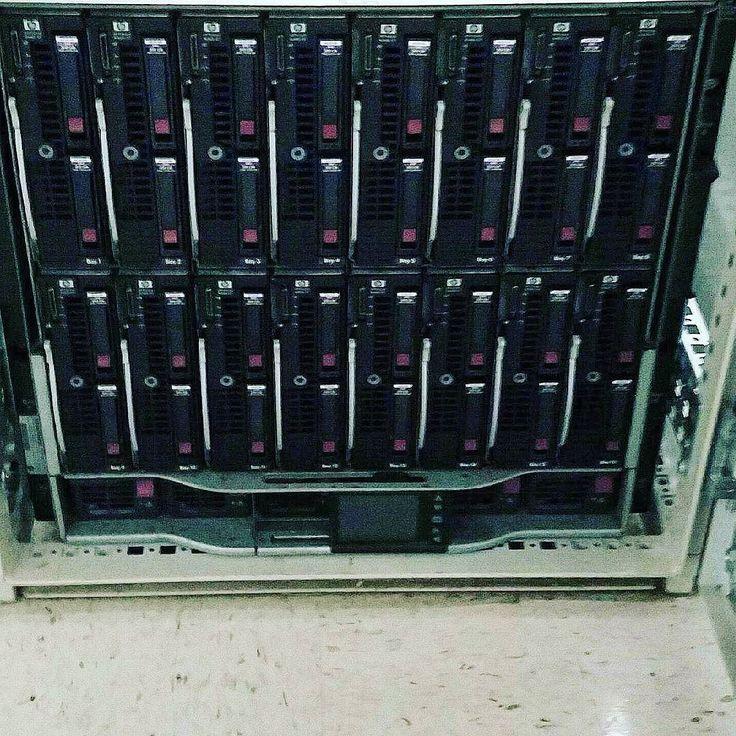 786.802.7666 / NocRoom.com #miamicolo #miaminetwork  #colo install of blade #servers. No easy task over 500 pounds.