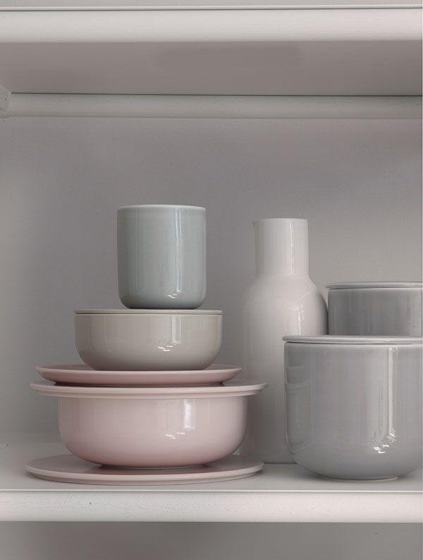 These colours.....New Norm Dinnerware expresses the purity, simplicity, and honesty so particularly characteristic of the Nordic way. The diversity of colours and materials in New Norm Dinnerware sets the creativity free.