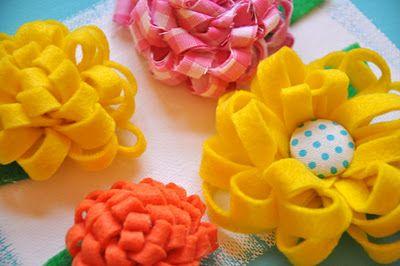 Que c'est mignon! Ce joli petit bricolage peut certainement aussi se faire avec des rubans. Parfait pour mettre un emballage cadeau en beauté.