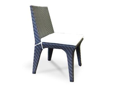 """""""Болонья"""" ,  200501, стул без подлокотника в комплекте с подушкой, алюминиевый каркас, искусственный ротанг,  размеры 490х580х850мм, черного цвета             Метки: Пластиковые стулья для дачи.              Объем: 0,242.              Материал: Ткань, Пластик.              Бренд: 4SiS.              Стили: Классика и неоклассика.              Цвета: Белый, Черный."""
