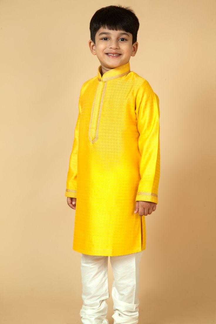 Jamevar kurta churidar embellished with thread work.  Item number KB15-13