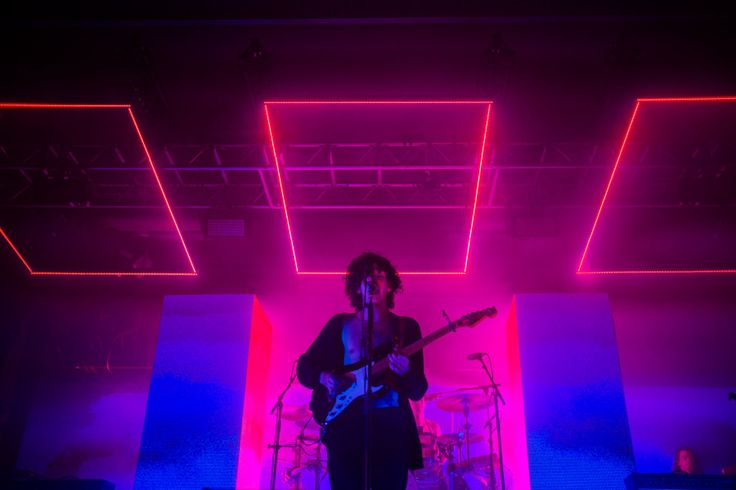 The 1975 2015-2016 Tour Fall 2015 - Seven Design Works