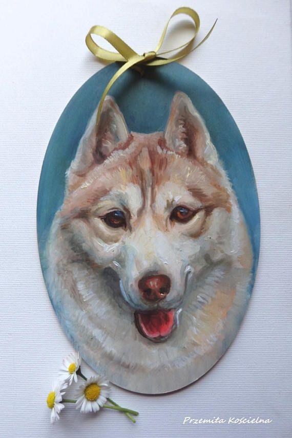 Siberian Husky Oval Door Decoration Hand painted on wooden #dogs #husky #art #homedecor #door #petportraits #animals #giftideas #painting #canisartstudio