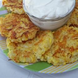 Yellow Squash Patties. Now that the garden starting produce in abundance, I think this would be a wonderful way to change up what's on the menu.