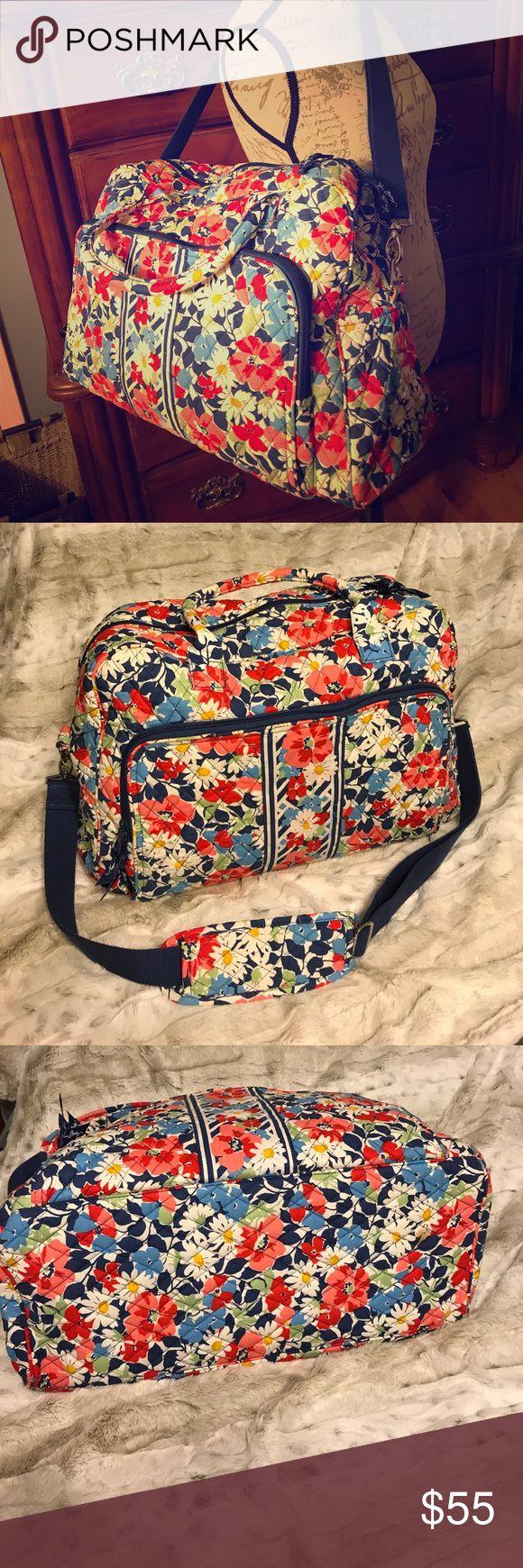 Vera Bradley Weekender Bag EUC. Vera Bradley Weekender bag. Used once. No rips, stains, etc., excellent condition. Vera Bradley Bags Travel Bags