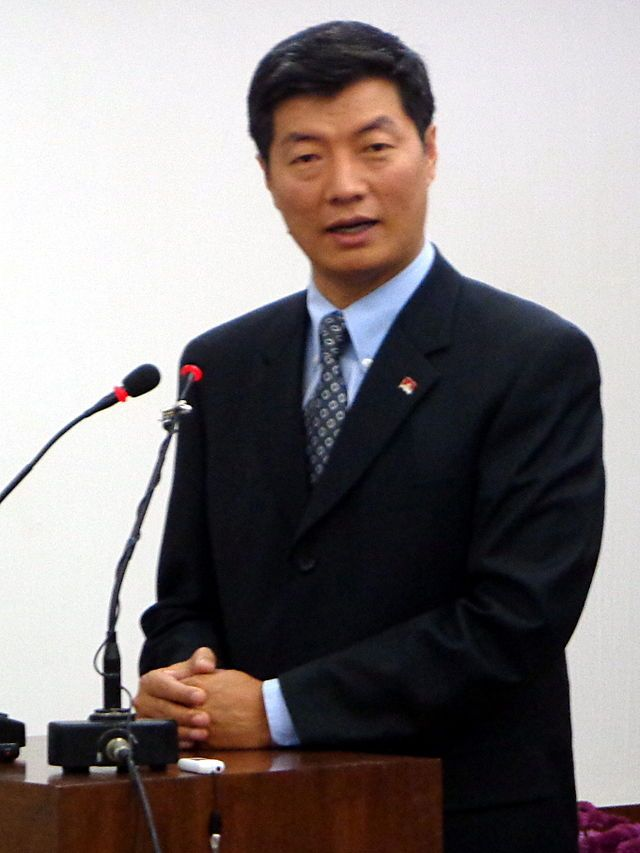 Dr. Lobsang Sangay, Prime Minister : Lobsang Sangay delivering 6th Dr. K R Narayanan Memorial Lecture at Jamia Millia Islamia, New Delhi, India ◆Central Tibetan Administration - Wikipedia http://en.wikipedia.org/wiki/Central_Tibetan_Administration #Lobsang_Sangay
