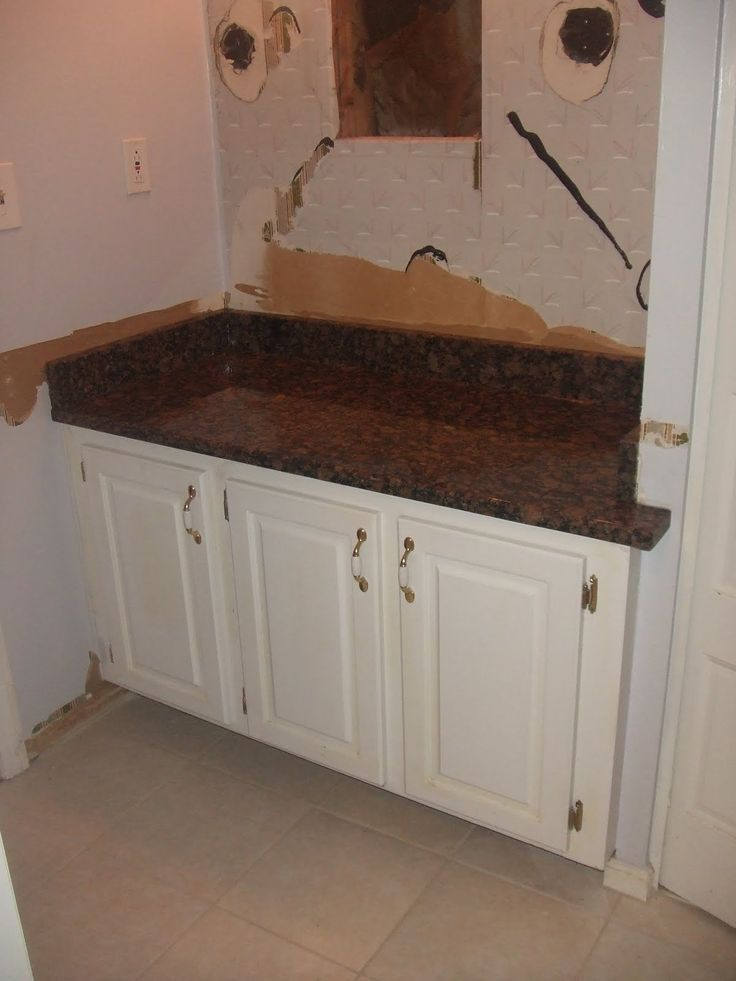 best 20 granite countertops bathroom ideas on 15056