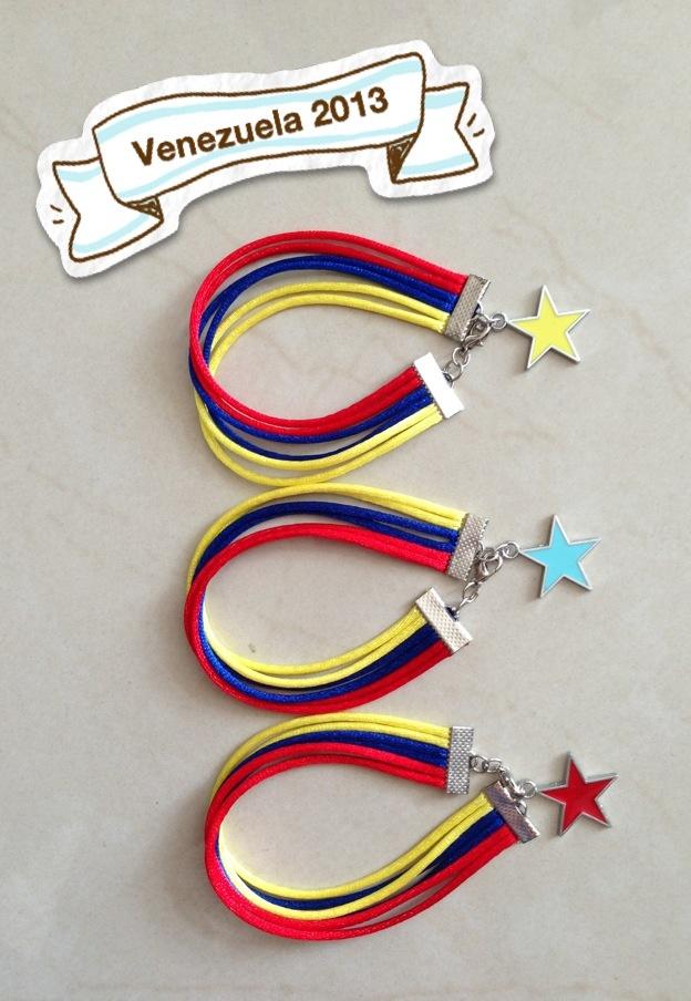 Pulseras tricolor
