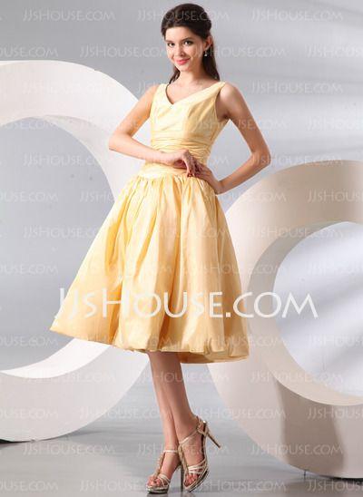 Bridesmaid Dresses - $106.69 - A-Line/Princess V-neck Knee-Length Taffeta Bridesmaid Dress With Ruffle (007014094) http://jjshouse.com/A-Line-Princess-V-Neck-Knee-Length-Taffeta-Bridesmaid-Dress-With-Ruffle-007014094-g14094