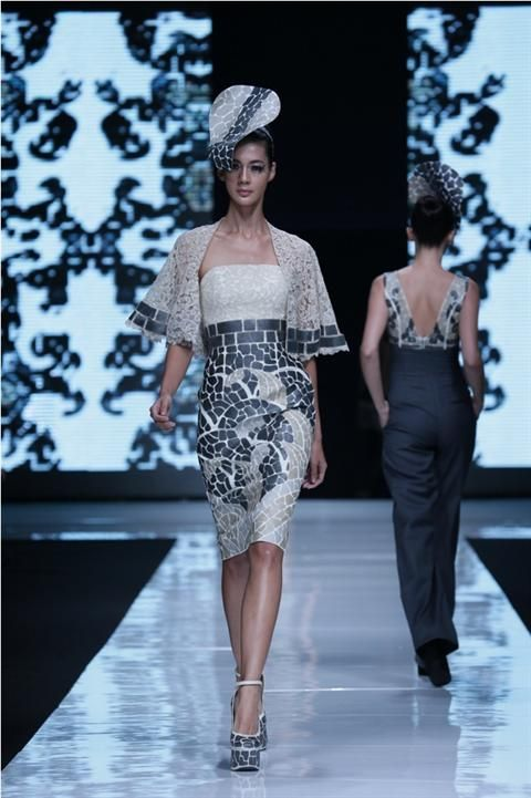Jakarta Fashion Week 2012-2013..Designer Sebastian Gunawan (2) fashion designer from indonesia