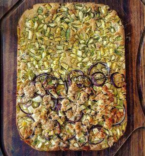 Ricetta Focaccia di Quinoa con zucchine, tonno, cipolle di tropea