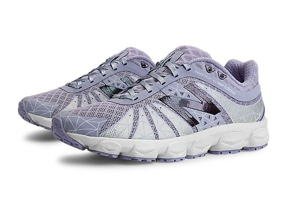 Rule the road or tear up the trail with women's running shoes from New  Balance. Our running shoes for women span a complete spectrum of style and  support ...