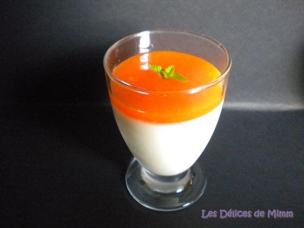 Panna cotta vanillée et son coulis d'abricots, Recette par Mimm10 - Ptitchef