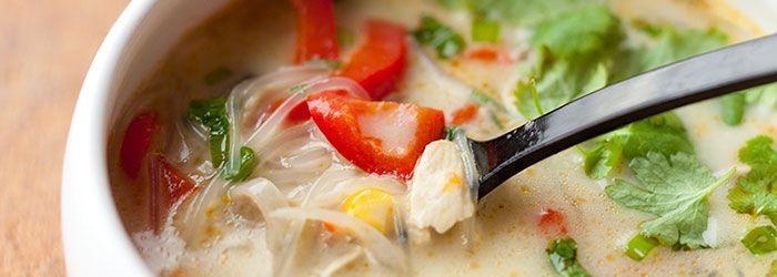 zupa tajska z kurczaka i warzywami