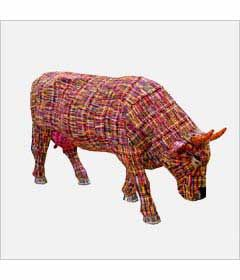 CowParade Kansas City cow detail - Cowyola