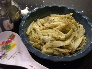 I finocchi con panure aromatica sono un contorno leggero, semplice e gustoso, ideali per accompagnare qualsiasi tipo di secondo piatto.