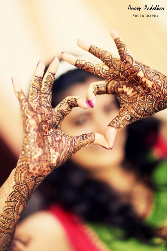 Mehndi..  ❤❤♥For More You Can Follow On Insta @love_ushi OR Pinterest @ANAM SIDDIQUI ♥❤❤