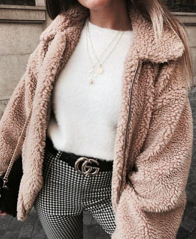 . . . Pinterest // Carriefiter // 90er Jahre Mode Streetwear Streetstyle