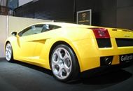 Lamborghini is an object of desire you will want to take to the road on your fabulous vacation in Dubai. Find out how you can rent such a luxury car.