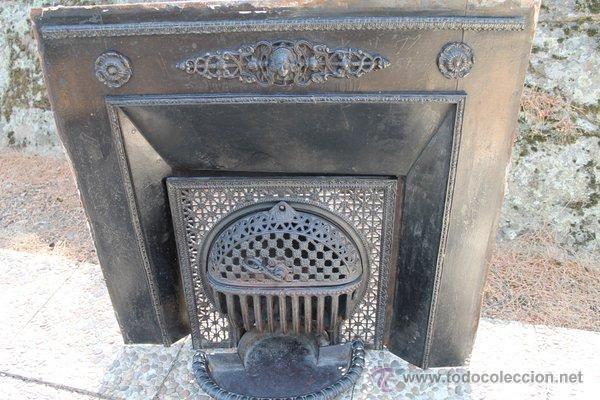Antigua Chimenea Francesa hecha en hierro. Siglo XIX - Foto 1