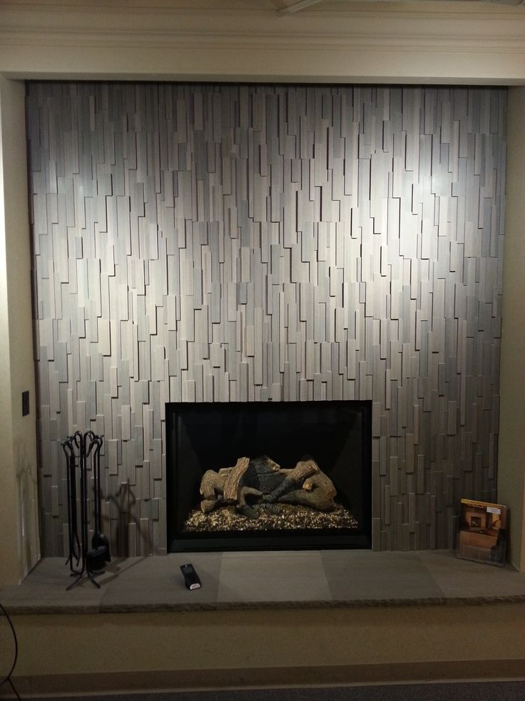 17 best images about fireplaces on pinterest mantels hearth and eldorado stone - Building river stone walls with mortar sobriety and elegance ...