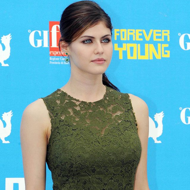 64 Best Images About Texas Chainsaw 3d On Pinterest: Breast Implant Inspiration: Alexandra Daddario + Photos