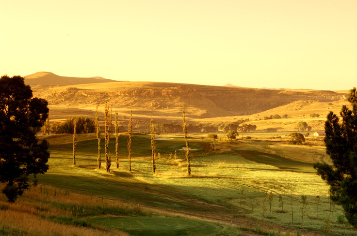 Clarens golf course http://www.n3gateway.com/things-to-do/golfing.htm